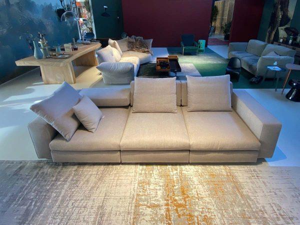 Molteni divano Turner | Outlet Bortoluzzi Arredamenti