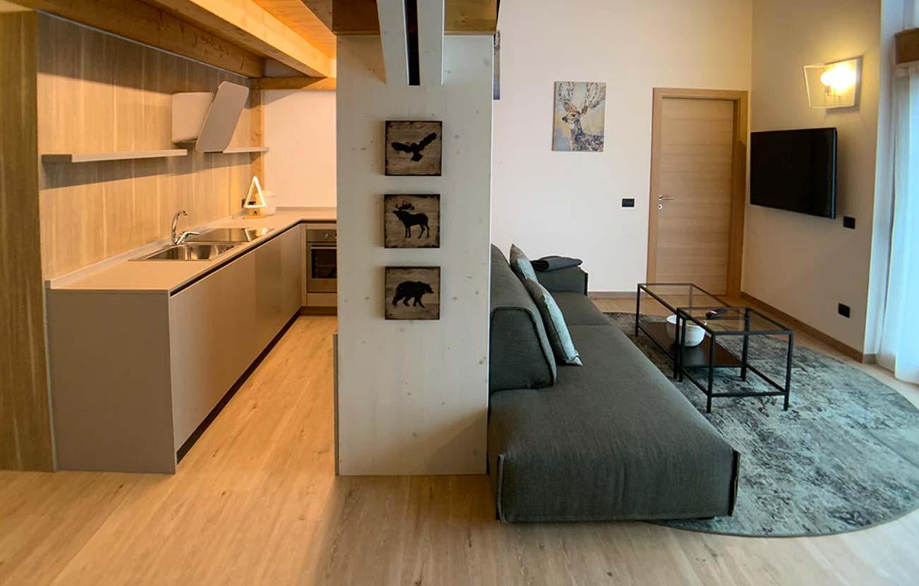 Particolare cucina appartamento B&B e ingresso appartamento